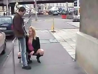Blowjob on streets - crazy couple