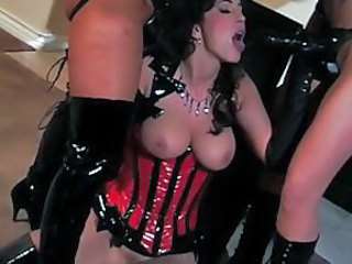 Fetish Latex Lesbian MILF Strapon Threesome