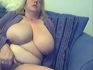 Amateur BBW Big Tits Hairy Masturbating Mature Natural