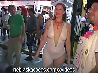 Amateur MILF Party Public