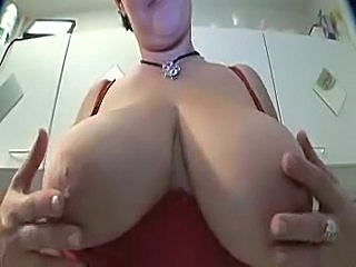 Amateur Big Tits European Kitchen MILF Natural SaggyTits Wife