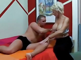 Amateur Big Tits Mature Mom Old and Young Silicone Tits