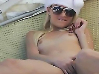Blonds christmass in caribbean