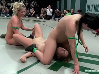 Tarts Isis Love & Holly Heart have a naked fight