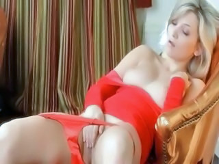 Babe Blonde Cute Masturbating