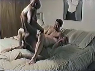 Amateur Cuckold Homemade Interracial Threesome Wife