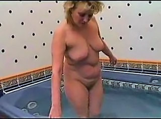 Bathroom Chubby Mature SaggyTits