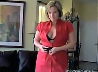 Mommy Poses For Picture For Not Her Son D10 mature mature porn gran...