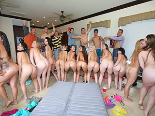 Really cool students party which turns come by massive orgy