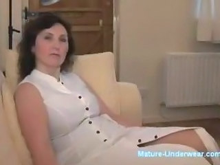 Amateur Bus Mature Strip-teaseuse