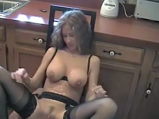 Hot Wife Please Hubbie
