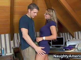 Amazing Glasses MILF Spanish Teacher