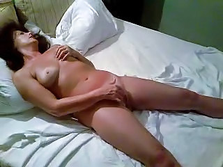 lady worships to masturbate