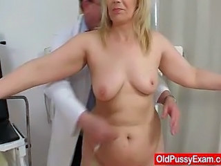Amateur Doctor Mature Older SaggyTits