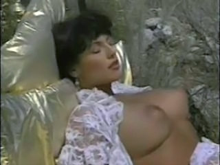 "Hyapatia Lee fucks on outdoor bed"" target=""_blank"