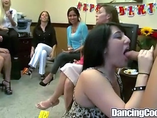 Blowjob CFNM Dancing MILF Party