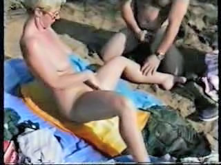 Mature lesbians having fun with strangers at nude beach Sex Tubes