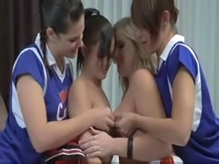 Cheerleader Groepseks Lesbienne Uniform
