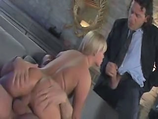 Ass Blond Blowjob Riding Tenåring Trekant