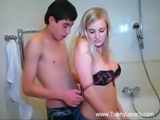 Amateur Bathroom Sister Teen Young
