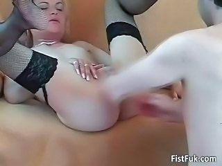 Blonde Fisting