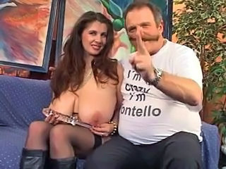 Amazing Big Tits Bus Cute MILF Natural SaggyTits Stockings