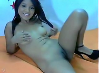 Amazing Cute Latina Shaved Webcam