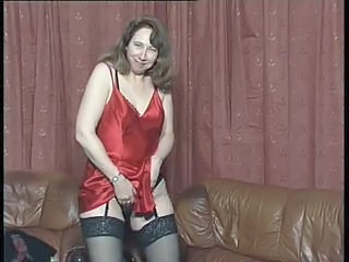 British slut Fran plays with ...