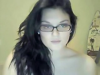 Brunette Glasses MILF Webcam