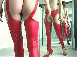 Horny girl stretches open...