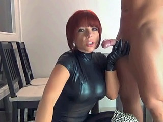 Amateur Blowjob CFNM Latex MILF