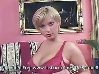 Short Hair Blonde Is One Fine Cougar