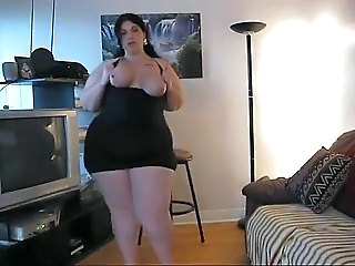 Amateur BBW Homemade Stripper