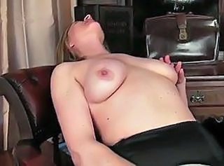 Amateur Masturbating Mature Nipples