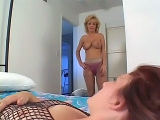Bisexual Lesbian Mature Strapon