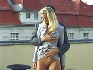 Blonda Europeana German MILF Afara