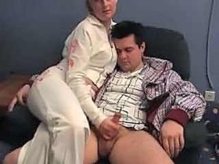 Amateur Girlfriend Handjob