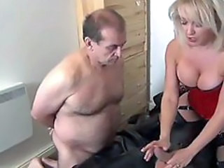 http%3A%2F%2Fxhamster.com%2Fmovies%2F1935592%2Fbeautiful_blonde_milf_to_suck_cock.html