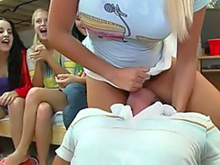 Facesitting Groupsex Licking Party Teen