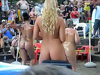 http%3A%2F%2Fxhamster.com%2Fmovies%2F1902413%2Fhot_girls_outdoor_oil_wrestling_and_stuff_at_ponderosa.html