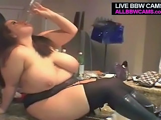 Amateur BBW Big Tits Drunk MILF Natural SaggyTits