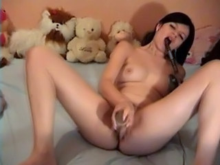 Brunette Dildo Masturbating Teen Webcam