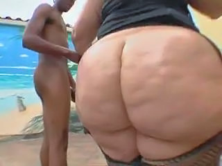 Ass BBW Outdoor