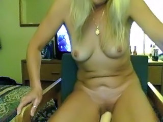 Amateur Homemade MILF Toy Wife