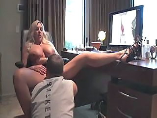 Amateur Big Tits Bus Homemade Licking MILF Natural