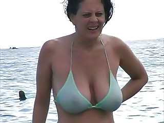Amateur Beach Big Tits Bikini MILF Natural Outdoor SaggyTits Wife