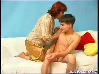 Amateur Mature Mom Old and Young Redhead