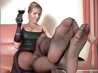 Drunk Legs Mature Pantyhose Solo