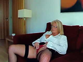 Amateur British European Fishnet Glasses Homemade Masturbating MILF