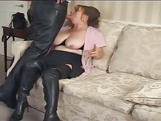 Amateur Blowjob Clothed Mature SaggyTits Smoking